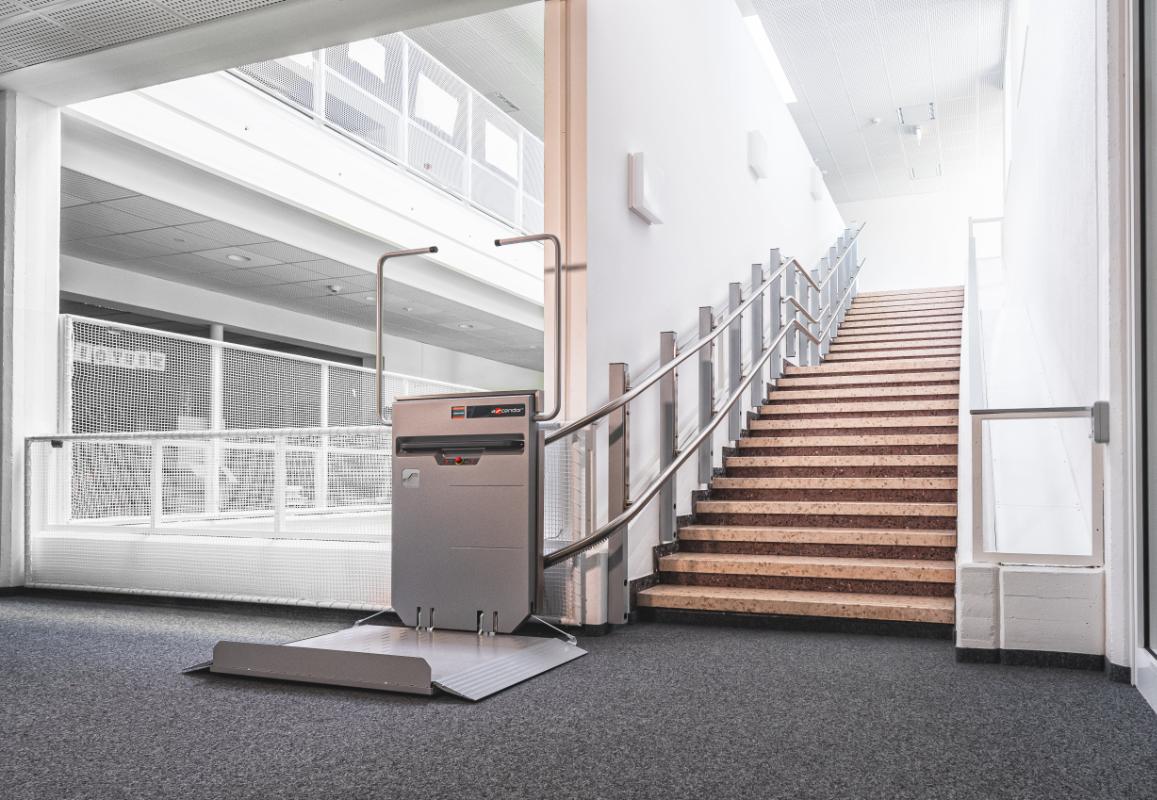 Plattform-Treppenlift für Wohnungen und Häuser